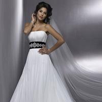 Найкращі весільні сукні 2011 фото